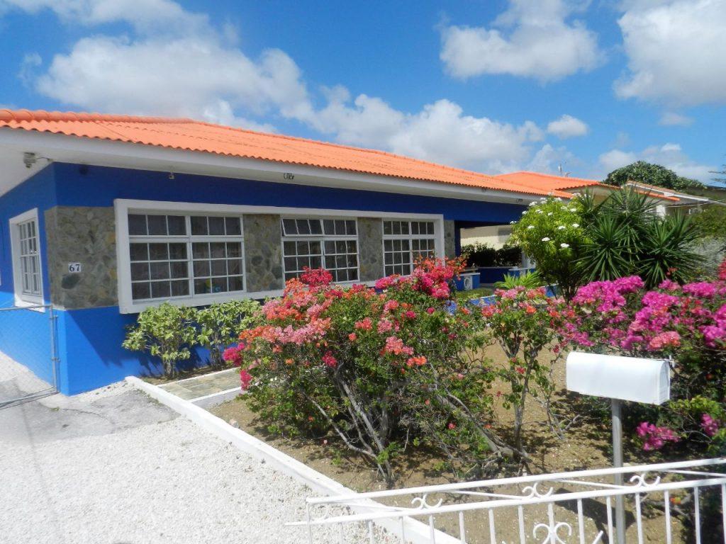 Buitenaanzicht Studentenkamer Curacao Kopafbeelding