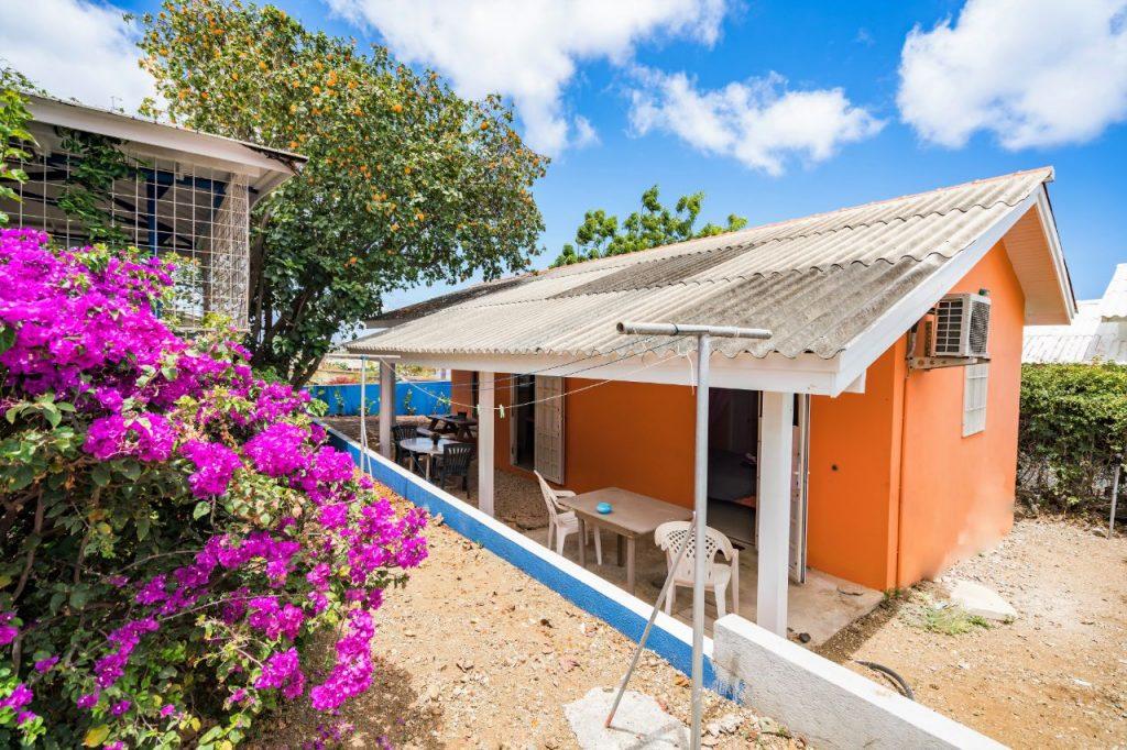 Studio Curacao buitenaanzicht