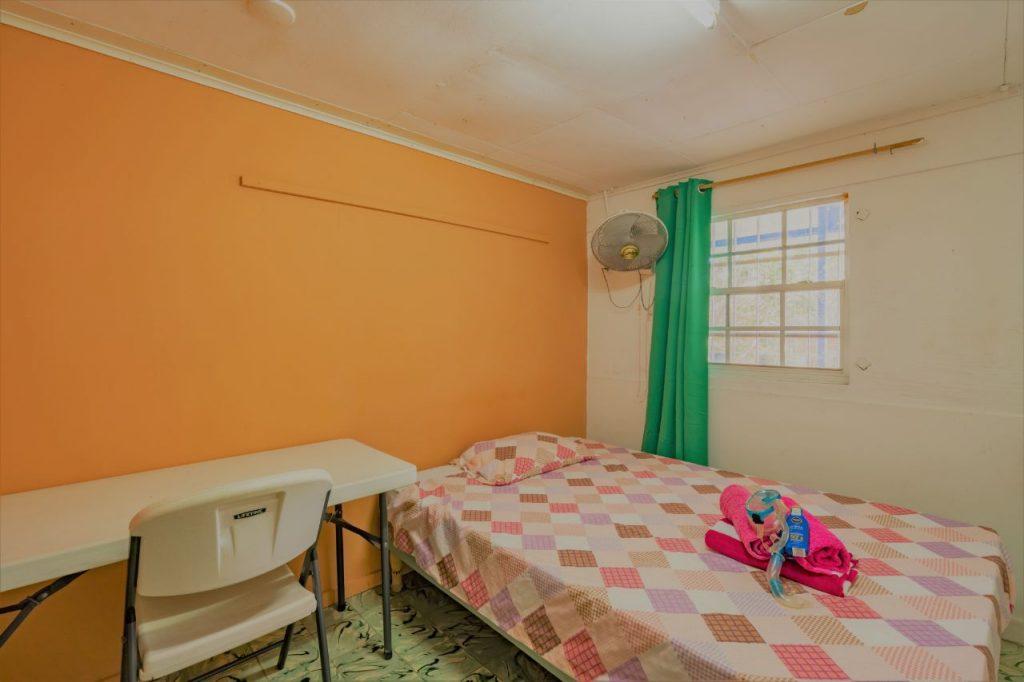 Kamer 702 Studentenhuis Curacao bed en raam